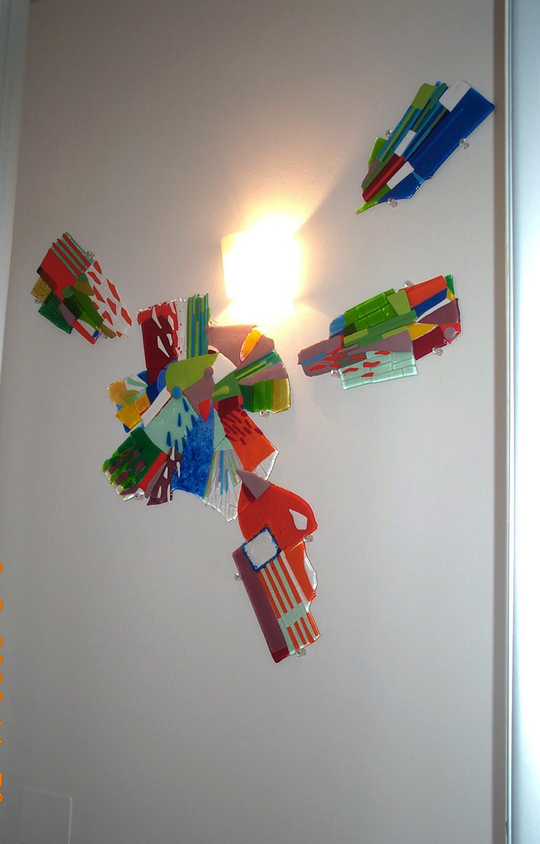 Installazione luminosa a parete
